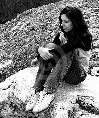 BW Girl sitting on the rock