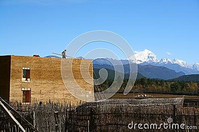 Być buduje budujący domowy Tibet
