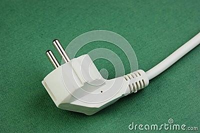 c ble lectrique blanc avec la prise image stock image 32838461. Black Bedroom Furniture Sets. Home Design Ideas