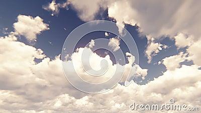 Céu azul com cloudscape bonito com grandes nuvens e luz solar que quebram através da massa da nuvem no movimento lento video estoque