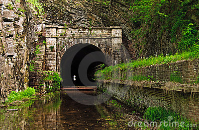 C&O Canal Paw Paw Tunnel