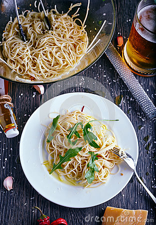 Free C With Garlic Oil And Chilli Stock Image - 63743911