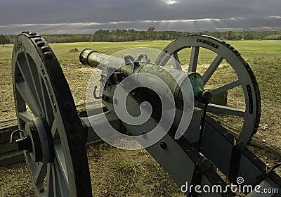 Cañón revolucionario de la guerra
