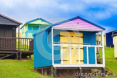 Cabanas coloridas da praia