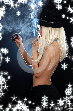 Free Cabaret Girl With Cigar, Grenade And Snowflakes Royalty Free Stock Photo - 41639825