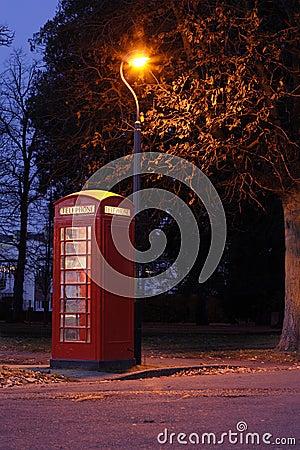 Cabina de teléfonos roja