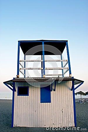 Cabina del salvavidas en costa española