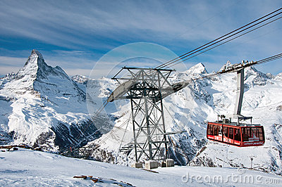 Cable car from Blauherd to Rothorn, Zermatt, Switzerland Editorial Stock Image