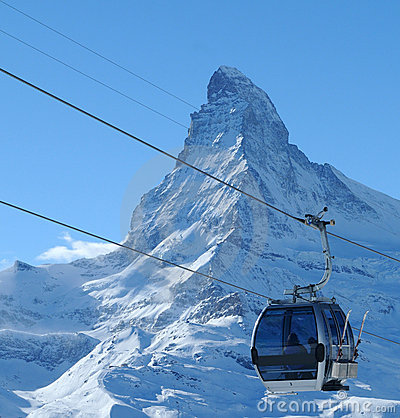 Cable car and Matterhorn