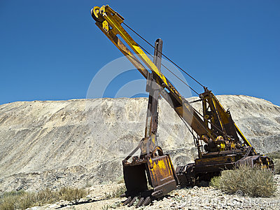 Cable Hoe or Cable Shovel