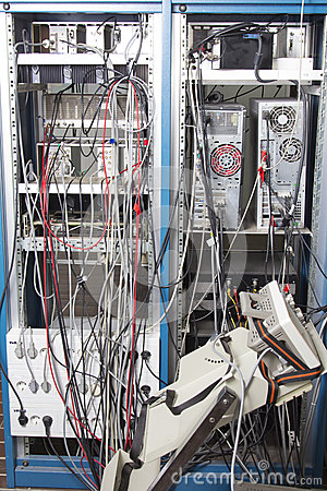 Cable mess in nuclear laboratory
