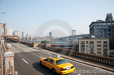 Cabs crossing brooklyn bridge Editorial Image