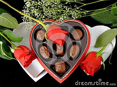 [♥] «•كلكشن هدايا~ خيالية من تجمعي [♥] «• Cadeau-et-roses-de-valentine-thumb1838041
