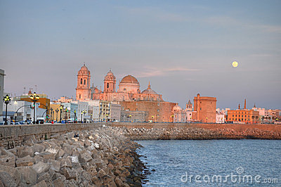 Cadiz cathedral at sunset