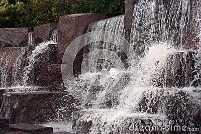 Cadute precipitanti a cascata