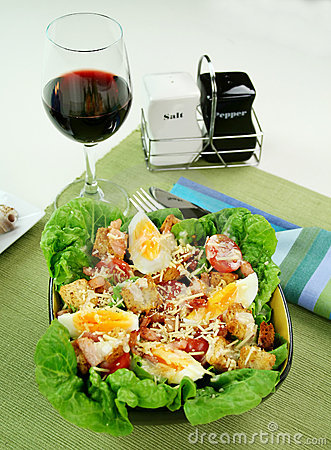 Free Caesar Salad Stock Image - 6992941