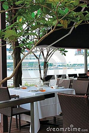 Cafe esplanade
