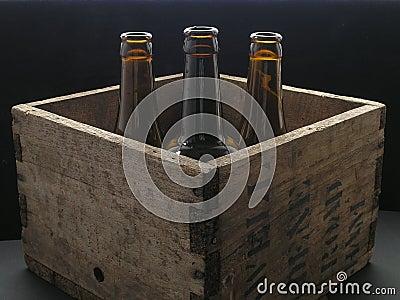 caisse de bi re photo libre de droits image 766745. Black Bedroom Furniture Sets. Home Design Ideas