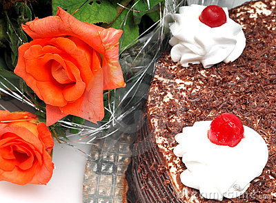 Cake and rose flowers