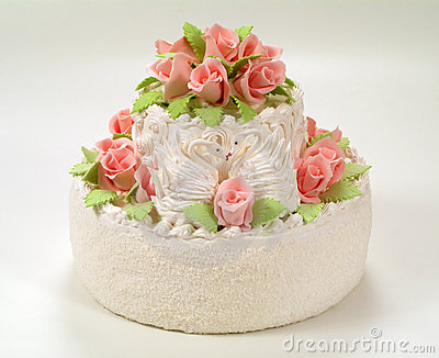 A cake with  roses.