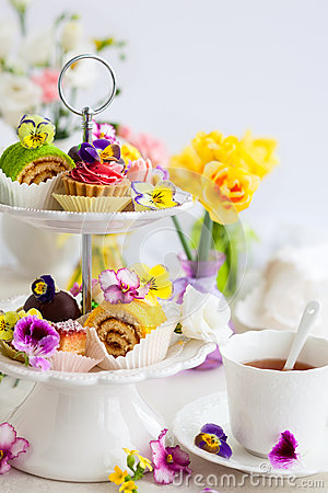 Free Cakes For Afternoon Tea Royalty Free Stock Photography - 53065117