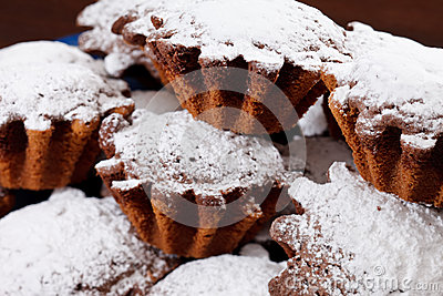 Cakes with sugar powder