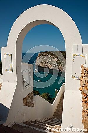 Free Cala En Porter Arch Royalty Free Stock Photography - 14308437