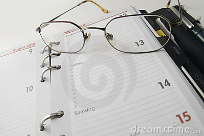 Calendar and glasses wide