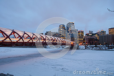 Calgary s Peace Bridge and skyline at night Editorial Stock Image