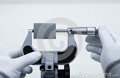 Calibration outside micrometer on micrometer clamp