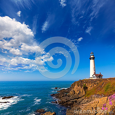 Free California Pigeon Point Lighthouse In Cabrillo Hwy Coastal Hwy 1 Stock Photography - 37500722