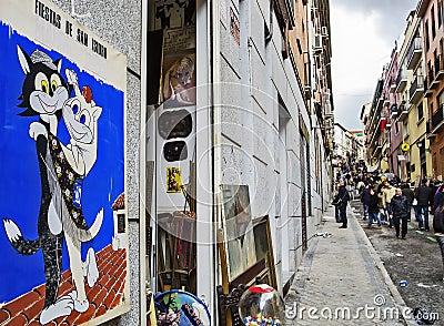 Calle tradicional que hace compras Imagen de archivo editorial