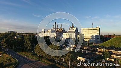 Calor e central elétrica em Rússia, vista aérea filme