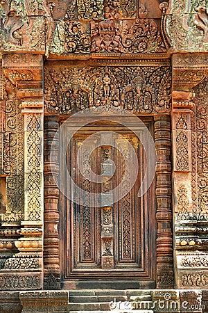 Free Cambodia Angkor Banteay Srey False Carved Door Stock Images - 5374484