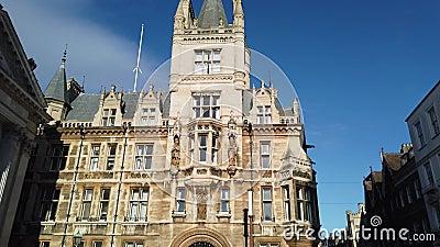 Cambridge, Angleterre Vues des b?timents historiques de l'universit? banque de vidéos