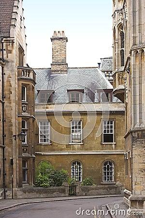 Cambridge universitetar