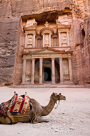 Free Camel In Front Of Treasury Petra Jordan Stock Images - 3806554