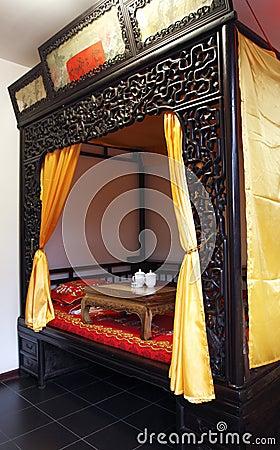 Camera da letto antica di cinese stile immagini stock   immagine ...