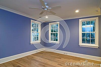 Camera da letto blu vuota fotografia stock immagine 4414980 - Tappeto blu camera da letto ...