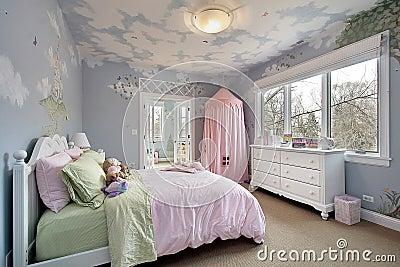 Camera da letto con i disegni della parete fotografia - I segreti della camera da letto ...