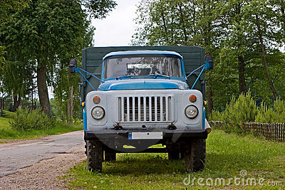 Caminhão GAZ-53