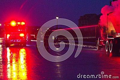 Caminhão no incêndio, Markham SOBRE, Cathedraltown Foto de Stock Editorial