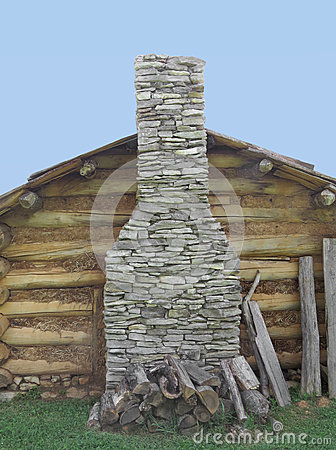 Camini con parete di pietra for Noleggio cabina di lusso in montagna in virginia