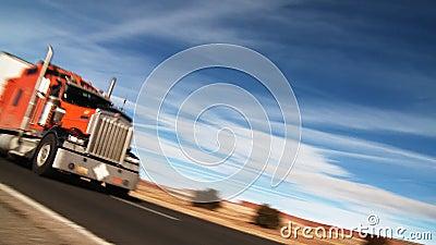 Camion dei semi dell'autostrada interstatale stock footage