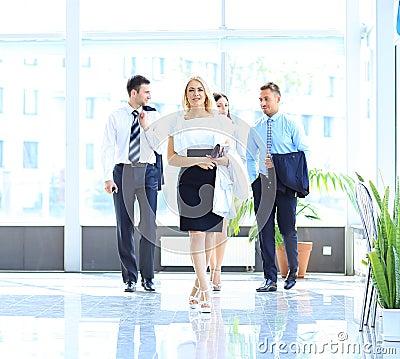 Camminata delle persone di affari