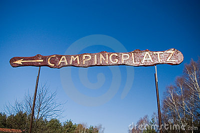 Camp sign in German.