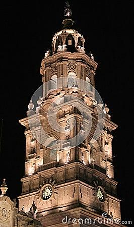 Campanario de una iglesia, Morelia, México.
