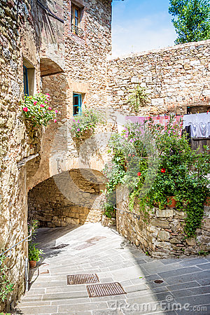 Free Campiglia Marittima Is A Comune (municipality) In Tuscany Royalty Free Stock Photos - 48772098