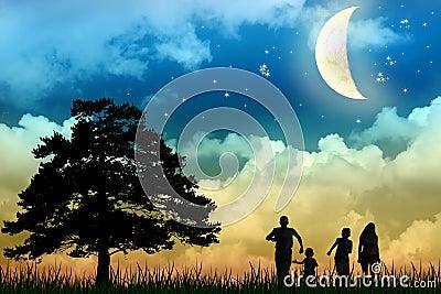 Campo da caminhada da família com árvore