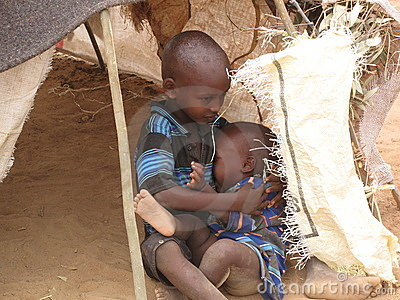 Campo de refugiado del hambre de Somalia Imagen editorial